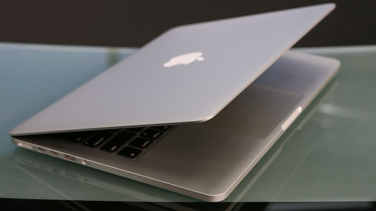 Apple May Launch Less-expensive MacBook Air Later This Year