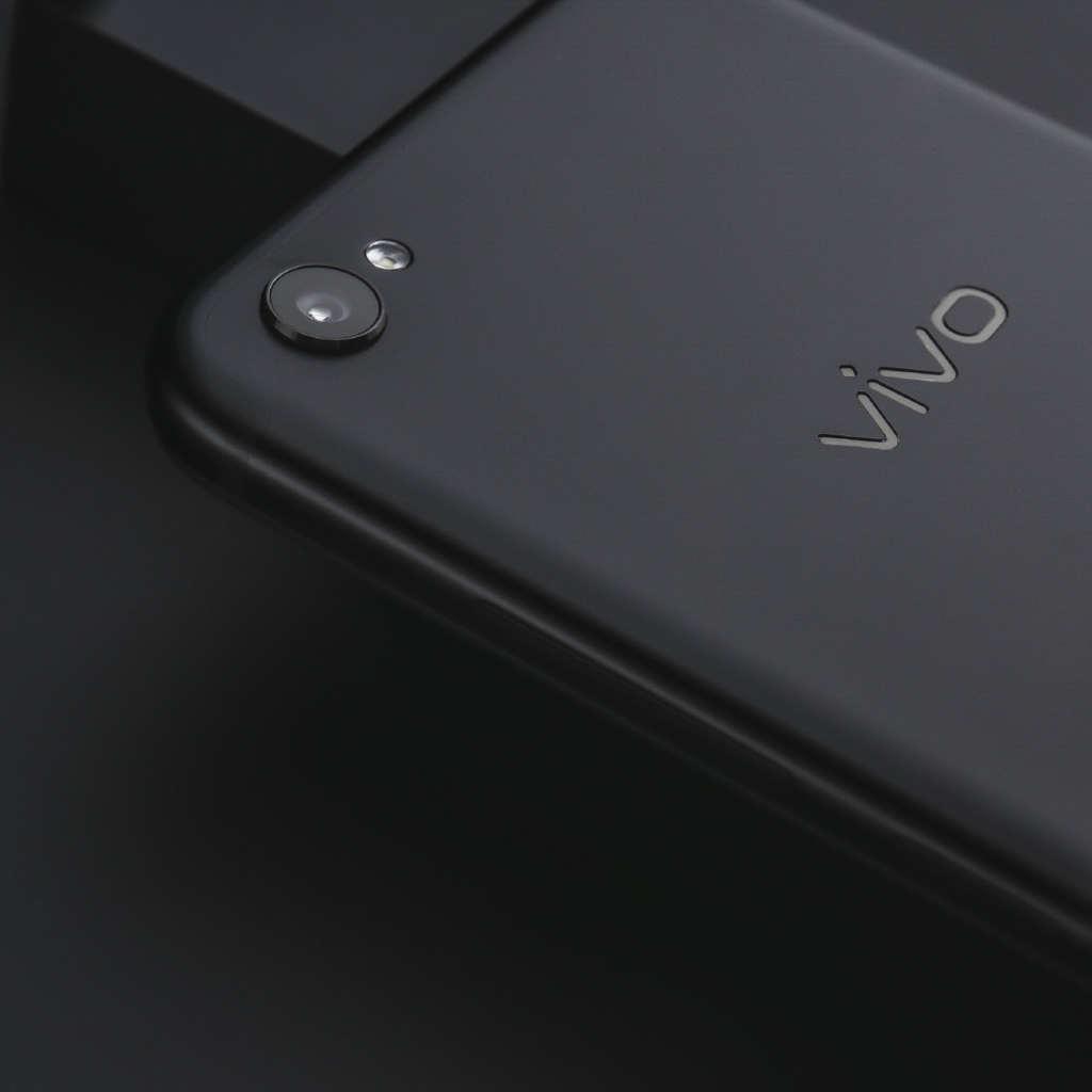 Vivo-V5-Plus-IPL-Edition-4