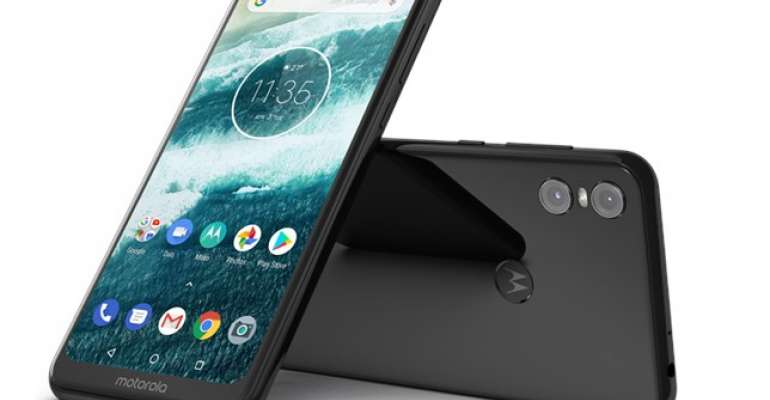 Image result for Motorola One Power With Android 9.0 Pie Spotted on Geekbench, Suggests On-Time Rollout